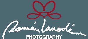 Logotipo fotógrafo de bodas román Larrodé